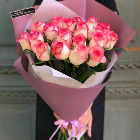 Букет роз 27 (Роза Джумилия 19 штук)