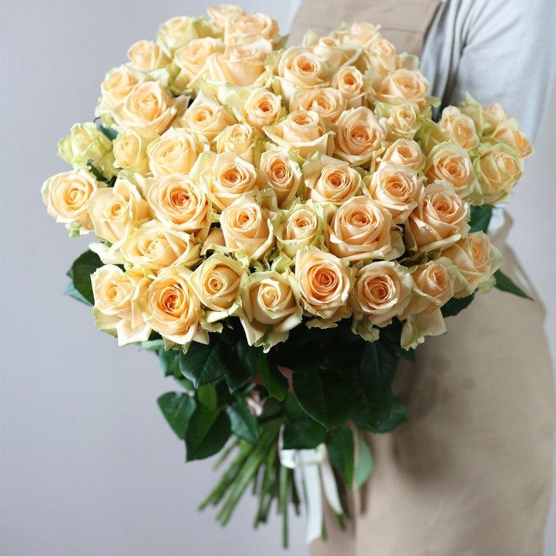 Букет из 51 розы сорт Крем Аваланж крем №44