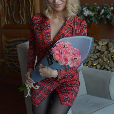 Букет из 15 роз сорт Джумилия №61