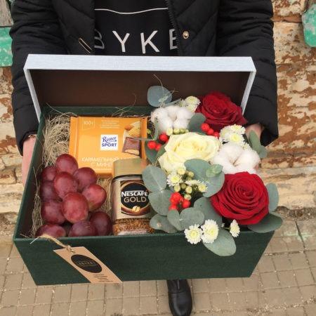Подарки к цветам в Ейске